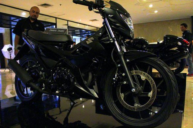 suzuki-satria-fu150-black-predator-resmi-dirilis-suzuki-indonesia
