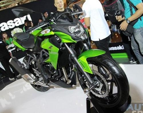 kawasaki-ninja-rr-mono-thailand-buatan-indonesia-di-exspor-ke-sana