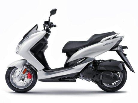 Yamaha_SMAX_155-8