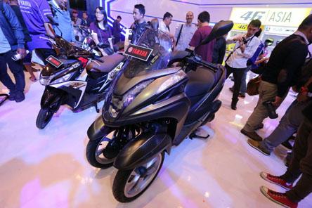 tricity-155-di-indonesia-motor-show-imos-2016-1