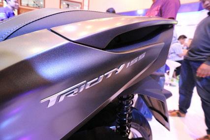tricity-155-di-indonesia-motor-show-imos-2016-2