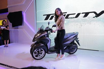 tricity-155-di-indonesia-motor-show-imos-2016-3