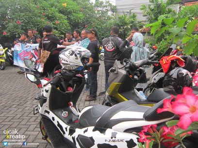 nmax-city-touring-15