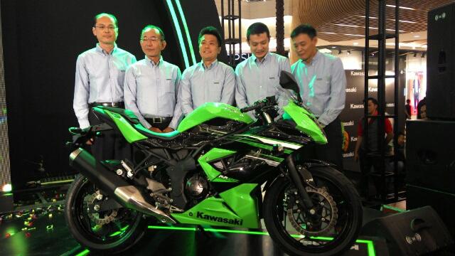 Ninja Rr Mono 250 Resmi Di Launching Dengan Full Digital