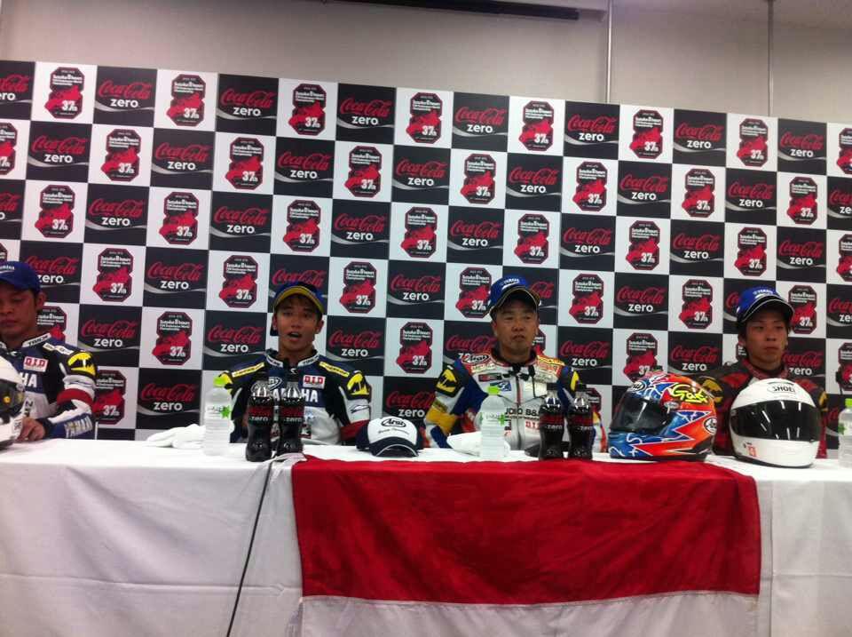 yamaha-racing-indonesia-kuasai-podium-1-2-di-suzuka-4-hours-endurance-pencapaian-yang-lebih-dahsyat-dari-tetangganya