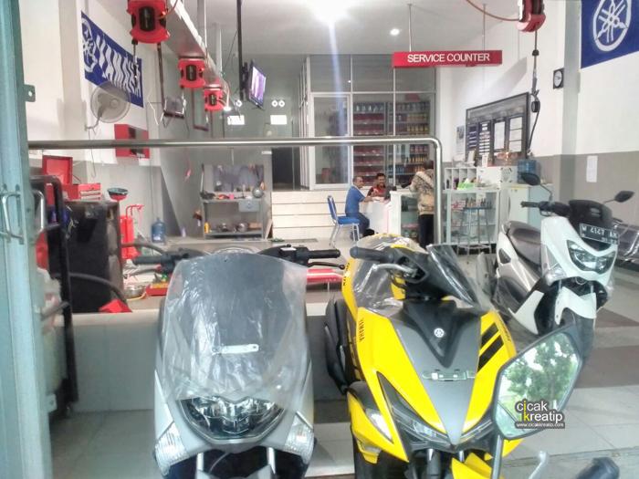 Baru buka, Bengkel Yamaha Sumber Jaya Motor (SJM) Bungah ...